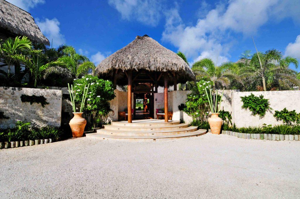 villa for sale caleton estates 57 entrance
