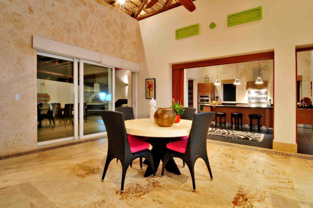 villa for sale caleton estates 57 dinning room