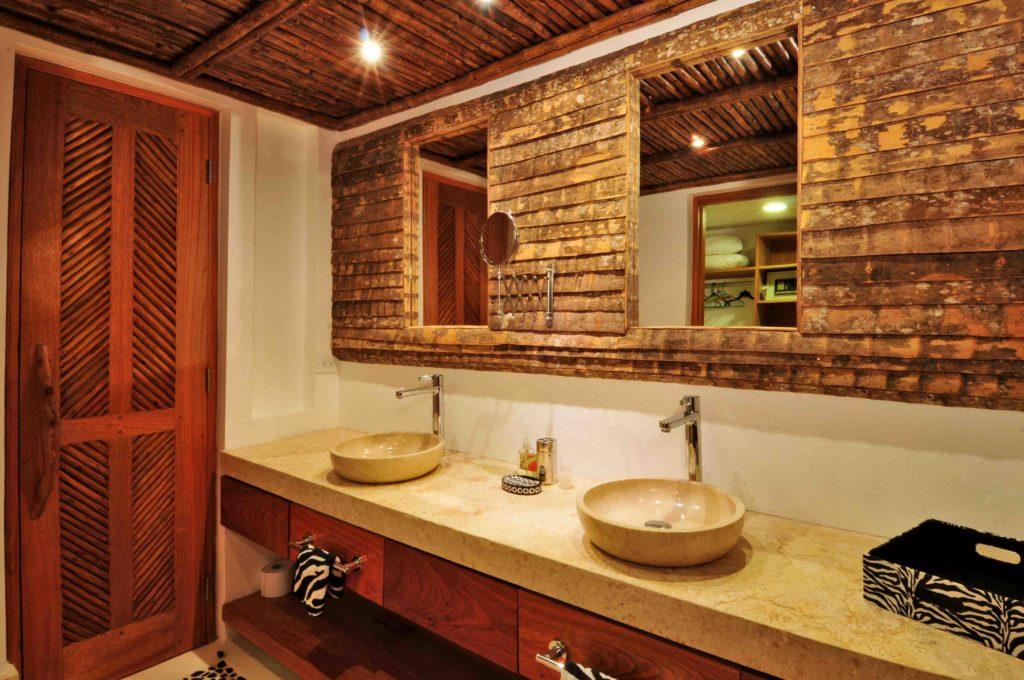 villa for sale caleton estates 57 bathroom