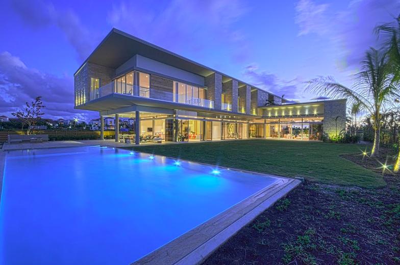 Villa for sale Isla Grande 2 at Cap Cana, Punta Cana. Pool views